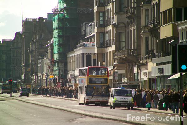 Picture of Princes Street Edinburgh - Free Pictures - FreeFoto.com