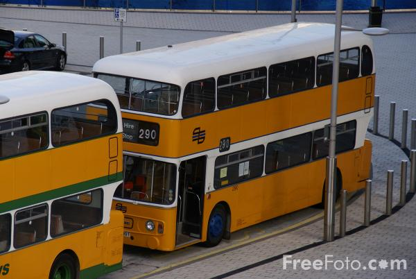 Picture of Preserved Tyne and Wear PTE Bus - Free Pictures - FreeFoto.com