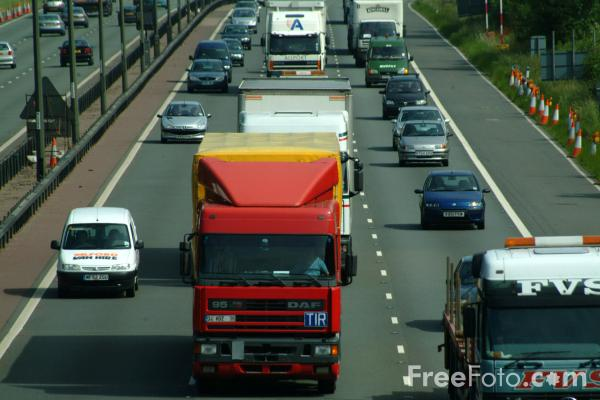 Picture of M1 Motorway, Junction 25, Nottinghamshire - Free Pictures - FreeFoto.com