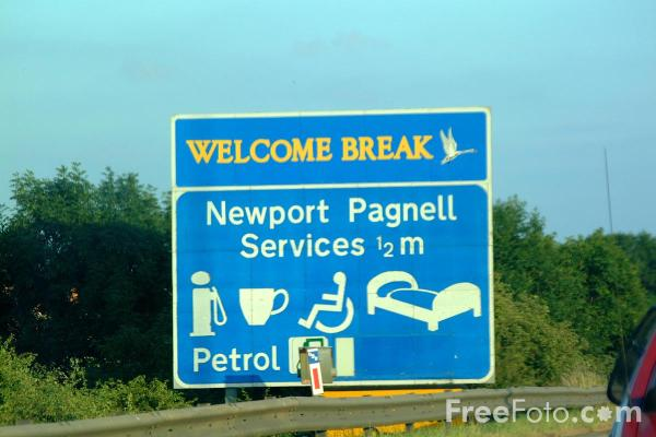 Picture of Newport Pagnell Services, M1 Motorway - Free Pictures - FreeFoto.com