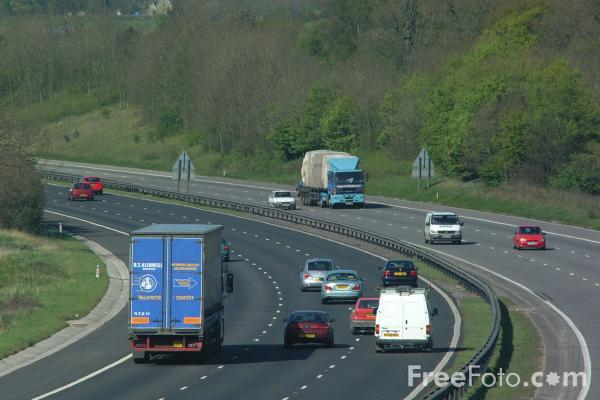 Picture of M5 Motorway, Gloucestershire - Free Pictures - FreeFoto.com