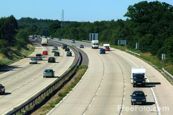 Picture of M27 Motorway - Free Pictures - FreeFoto.com