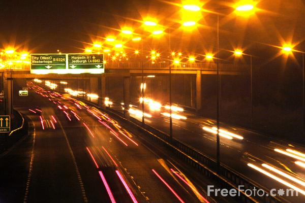 Picture of Night Time Traffic, A1 Western by pass, Newcastle upon tyne - Free Pictures - FreeFoto.com