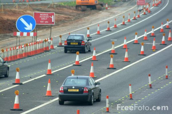 Picture of Roadworks, Junction 9, M42 Motorway - Free Pictures - FreeFoto.com