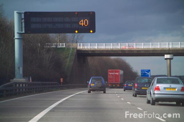 Picture of M1 Motorway - Free Pictures - FreeFoto.com