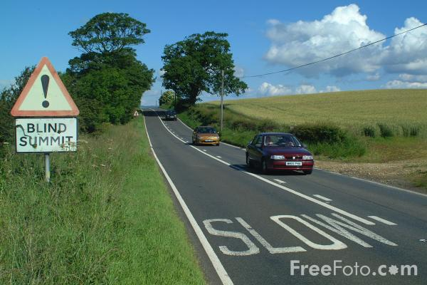 Picture of Blind Summit, A68 Main Road, Northumberland - Free Pictures - FreeFoto.com