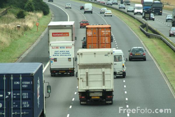 Picture of M4 London - South Wales Motorway - Free Pictures - FreeFoto.com