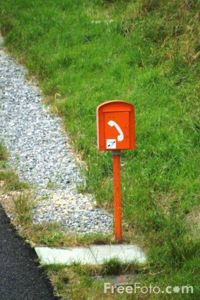 Picture of Emergency Telephone, M4 Motorway, Wiltshire - Free Pictures - FreeFoto.com