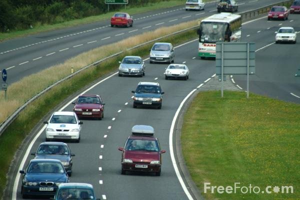 Picture of Traffic Jam, A34 Winchester  Oxford Trunk Road - Free Pictures - FreeFoto.com