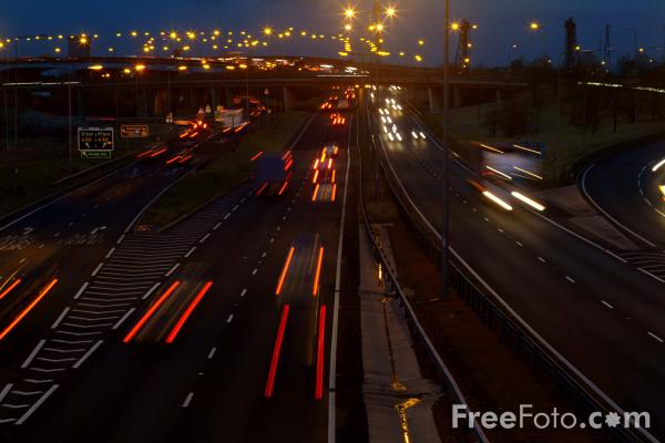 Picture of A19 Trunk Road at night, Middlesbrough - Free Pictures - FreeFoto.com