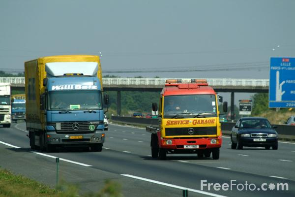 Picture of Autoroute A10 France - Free Pictures - FreeFoto.com