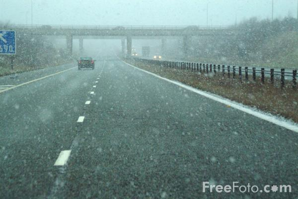 Picture of A1M Motorway in Winter - Free Pictures - FreeFoto.com