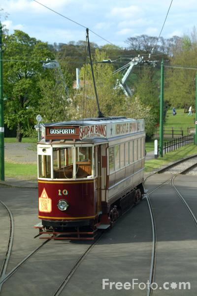 Picture of Gateshead Tram Number 10 - Free Pictures - FreeFoto.com