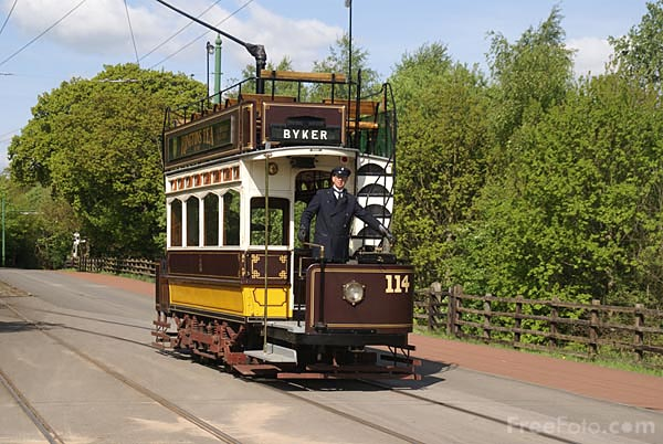Picture of Newcastle Electric Tramway Tram Number 114 - Free Pictures - FreeFoto.com