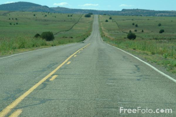 Picture of Straight Road, Route 66, Arizona - Free Pictures - FreeFoto.com