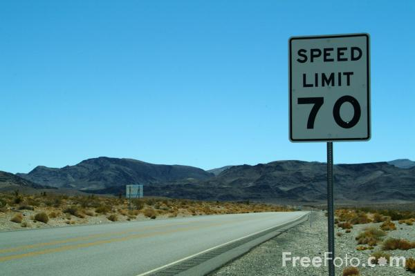 Picture of 70 Speed Limit Sign, Route 95, Nevada, USA - Free Pictures - FreeFoto.com