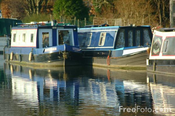 Picture of Canal Boats, Bingley Five Rise, North Yorkshire - Free Pictures - FreeFoto.com