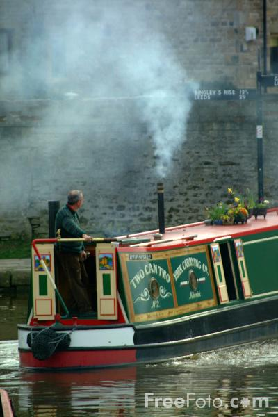 Picture of Canal Boat, Skipton, North Yorkshire - Free Pictures - FreeFoto.com