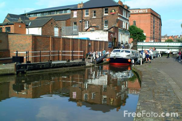 Picture of Lock on the Nottingham Beeston Canal. - Free Pictures - FreeFoto.com