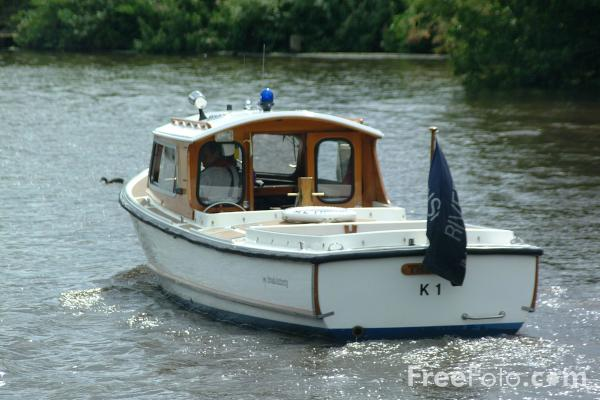 Picture of The Norfolk Broads - Free Pictures - FreeFoto.com