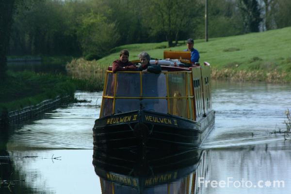 Picture of Narrowboat, The Montgomery Canal, Near Welshpool, Powys, Wales - Free Pictures - FreeFoto.com