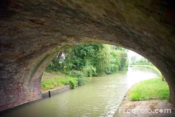 Picture of Grand Union Canal Leicester Section - Free Pictures - FreeFoto.com