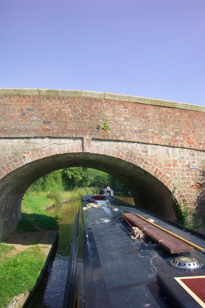 Picture of Bridge on The Llangollen Canal - Free Pictures - FreeFoto.com