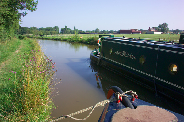 Picture of The  Llangollen Canal - Free Pictures - FreeFoto.com