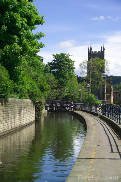 Picture of Rochdale Canal - Free Pictures - FreeFoto.com