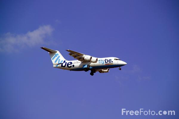 Picture of Flybe British Aerospace BAe-146-200 G-JEAV - Free Pictures - FreeFoto.com