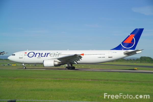 Picture of Onur Air Airbus A300B4-605R TC-OAA - Free Pictures - FreeFoto.com