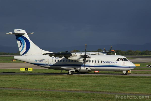 Picture of Aer Arann ATR-42 EI-CVR - Free Pictures - FreeFoto.com