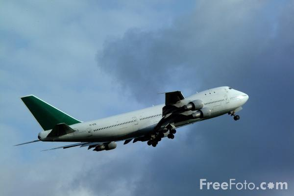 Picture of Boeing 747 - Free Pictures - FreeFoto.com