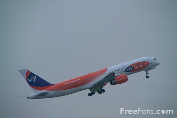 Picture of Boeing 757 - Free Pictures - FreeFoto.com