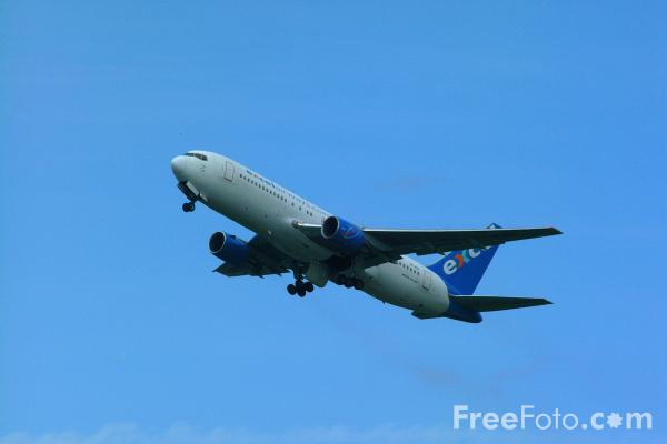 Picture of Excel Airways Boeing 767-204/ER G-BNYS - Free Pictures - FreeFoto.com