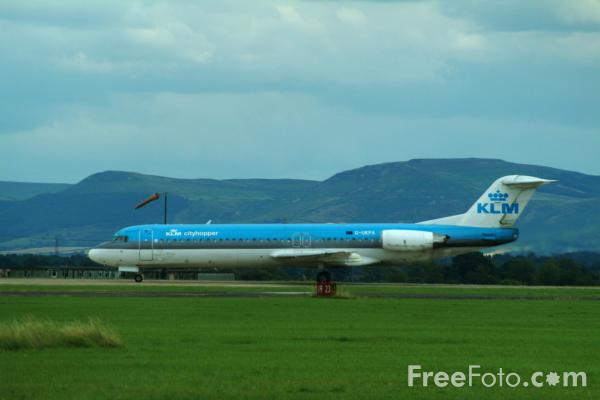 Picture of Fokker F-28 - Free Pictures - FreeFoto.com