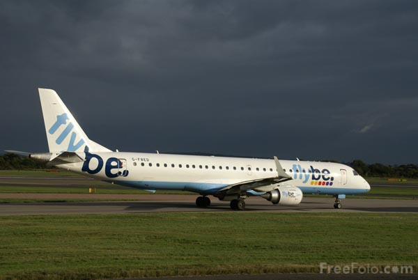Picture of Flybe Embraer ERJ-190 G-FBED - Free Pictures - FreeFoto.com