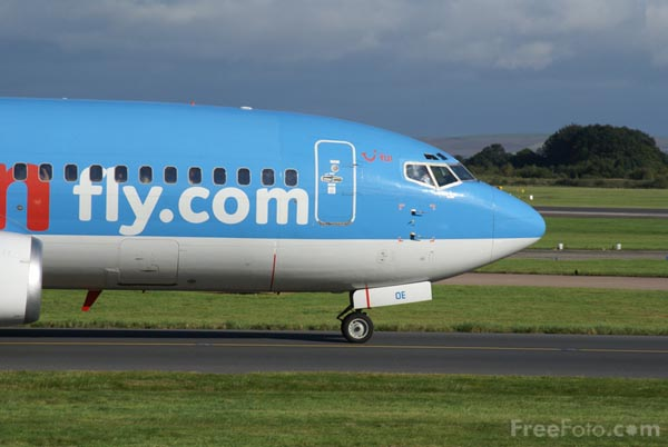 Picture of Manchester Airport - Free Pictures - FreeFoto.com