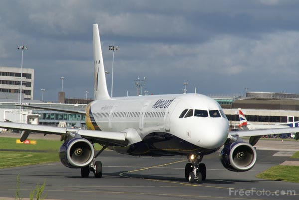 Picture of Monarch Airbus A321 G-OZBN - Free Pictures - FreeFoto.com