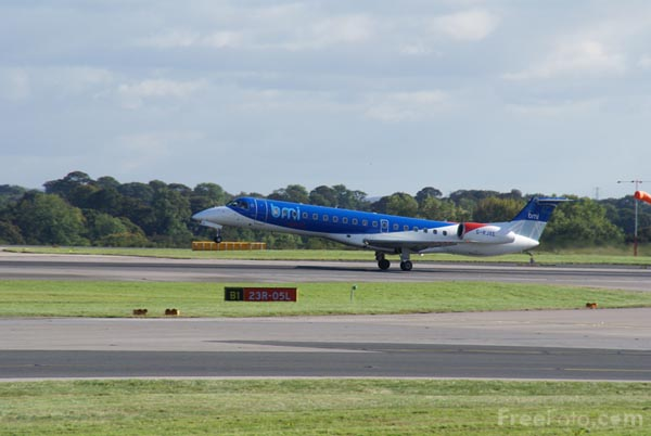 Picture of BMI Regional Embraer EMB-145EP G-RJXE - Free Pictures - FreeFoto.com