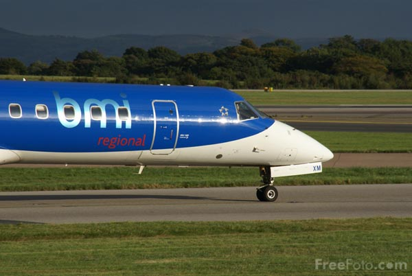 Picture of BMI Regional Embraer EMB-145EP G-CCYH - Free Pictures - FreeFoto.com