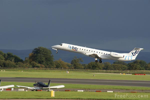 Picture of Flybe Embraer ERJ-145EU G-EMBO - Free Pictures - FreeFoto.com