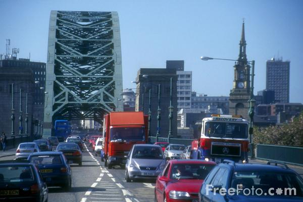 Picture of Traffic Jam on the Tyne Bridge, Newcastle - Free Pictures - FreeFoto.com