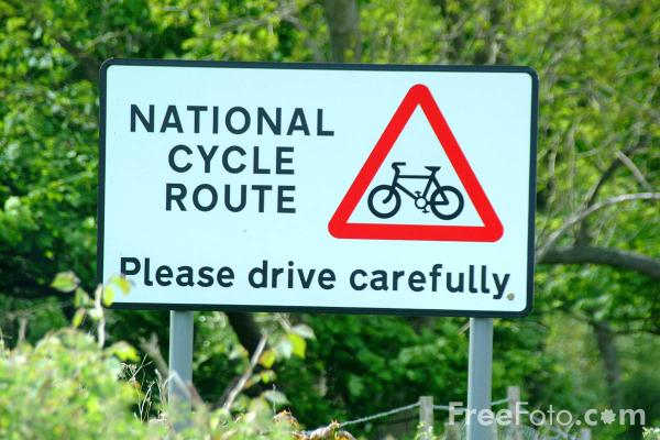 Picture of National Cycle Route - Free Pictures - FreeFoto.com