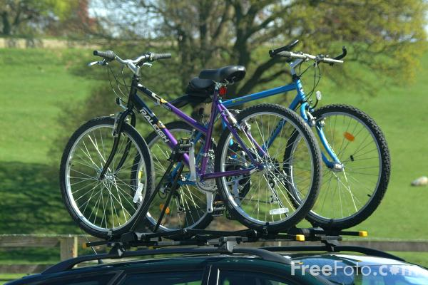 Picture of Car Cycle Roof Rack - Free Pictures - FreeFoto.com