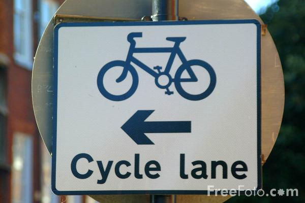 Picture of Cycle Lane - Free Pictures - FreeFoto.com