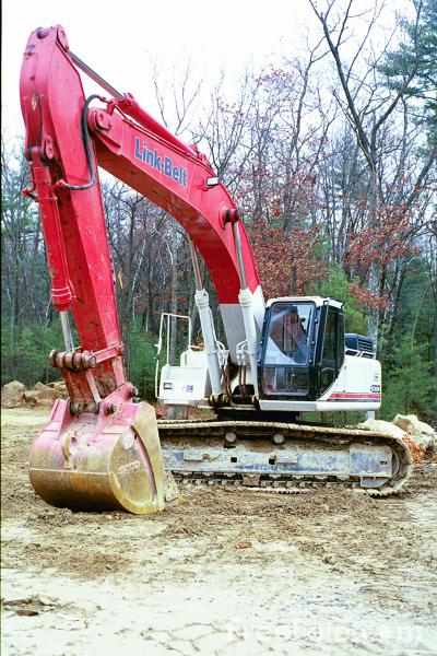 Picture of Link Belt Digger - Free Pictures - FreeFoto.com