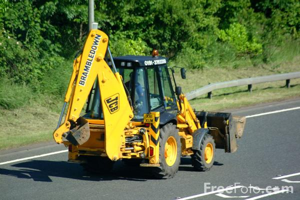 Picture of JCB Digger - Free Pictures - FreeFoto.com