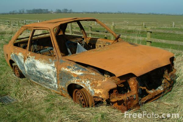 Picture of Burnt Out Car - Free Pictures - FreeFoto.com
