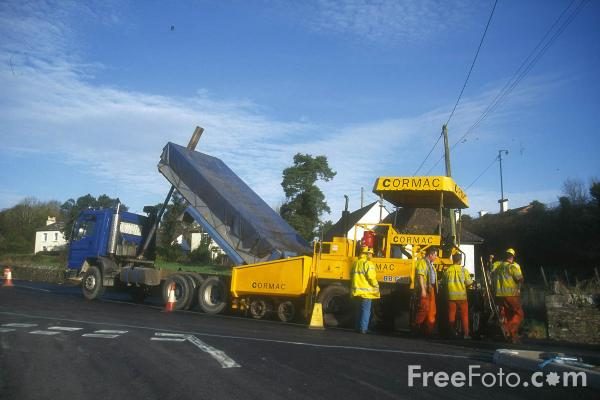 Picture of Conmac Tarmac Laying Machine - Free Pictures - FreeFoto.com